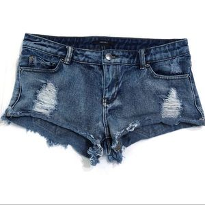 4/$25 Forever 21 Distressed Shorts Size 27
